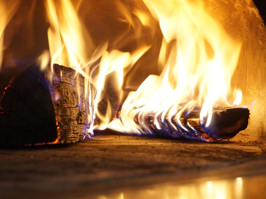 Feuerkontrolle, Holzfeuerung, Kaminfeger Kaufmann